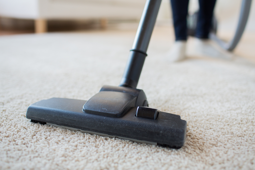How You Should Be Vacuuming Your Carpet