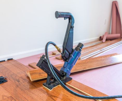 installing-hardwood-floors-equipment