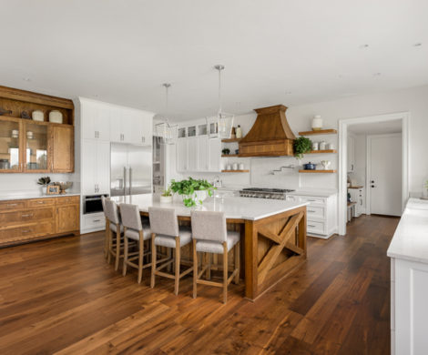 rustic-kitchen-hardwood-flooring